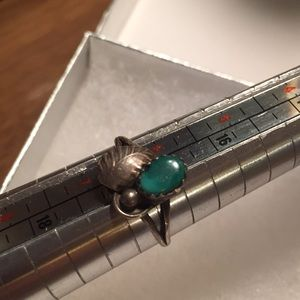Jewelry - Cute sterling silver and gemstone ring